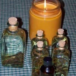 Homemade Vanilla and Beeswax Candles