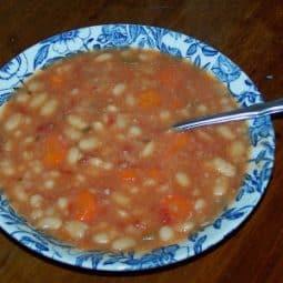 Tuscan White Bean Soup {Crock-Pot}