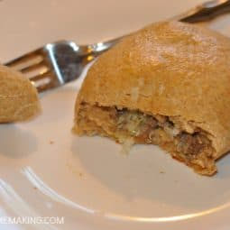 Bierocks Recipe: Homemade German Stuffed Rolls