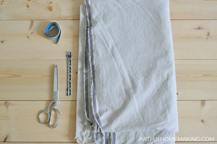 supplies for sewing linen apron