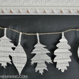 How to Make a Fall Leaf Book Page Garland