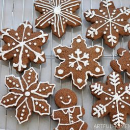 Healthy Gingerbread Cookies with Honey
