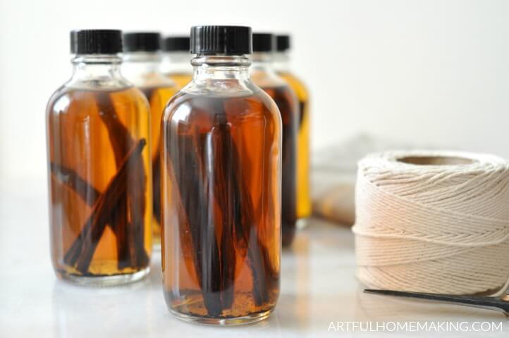 handmade vanilla extract for gifts