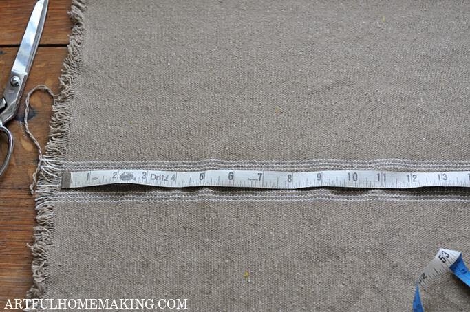 measuring grain sack fabric