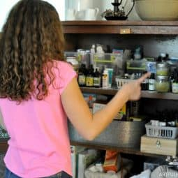 How to Stock Your Natural Medicine Cabinet