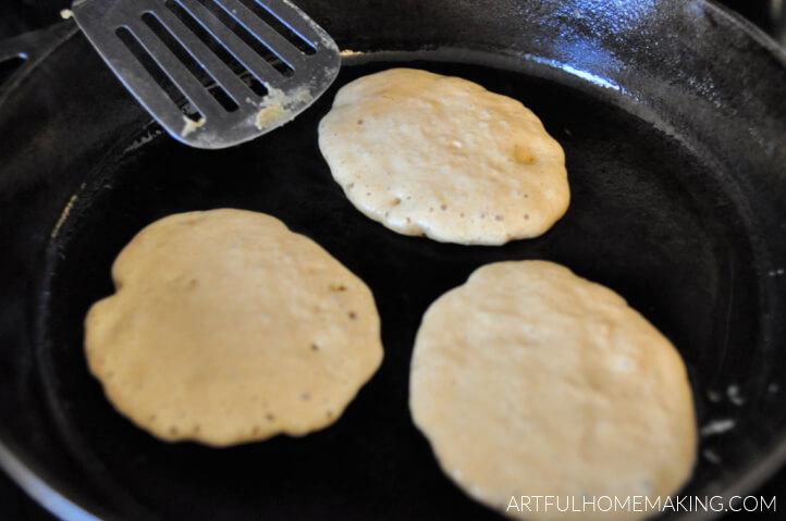 cast iron sourdough pancakes
