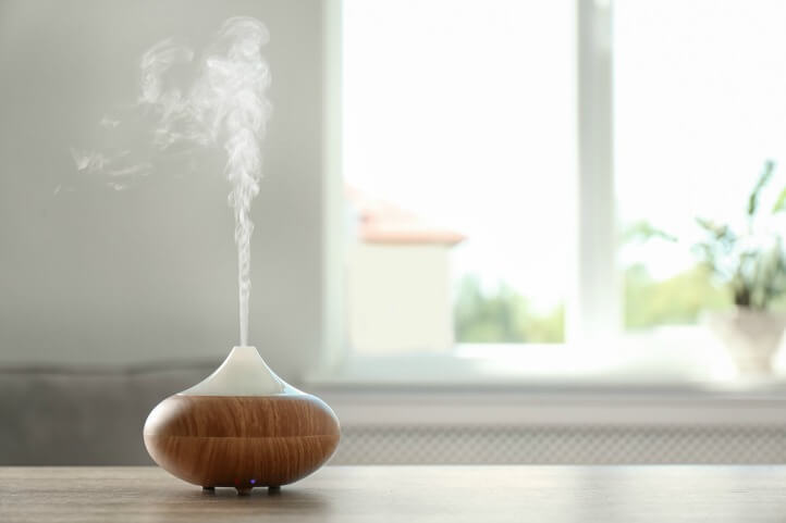 essential oil diffuser in room