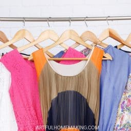 How to Create the Perfect Stay-at-Home Mom Capsule Wardrobe