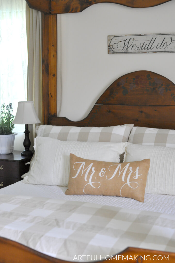 farmhouse summer bedroom